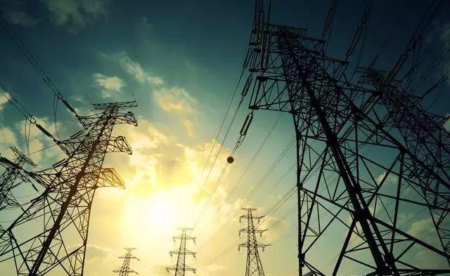 高压电线为什么都是三根线?-港口技术安全网